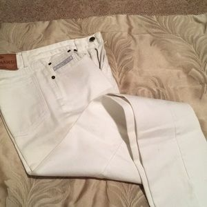 A pair of women's white jeans, size 27, slim fit
